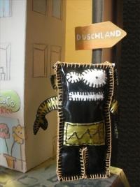 the oilcloth-robo